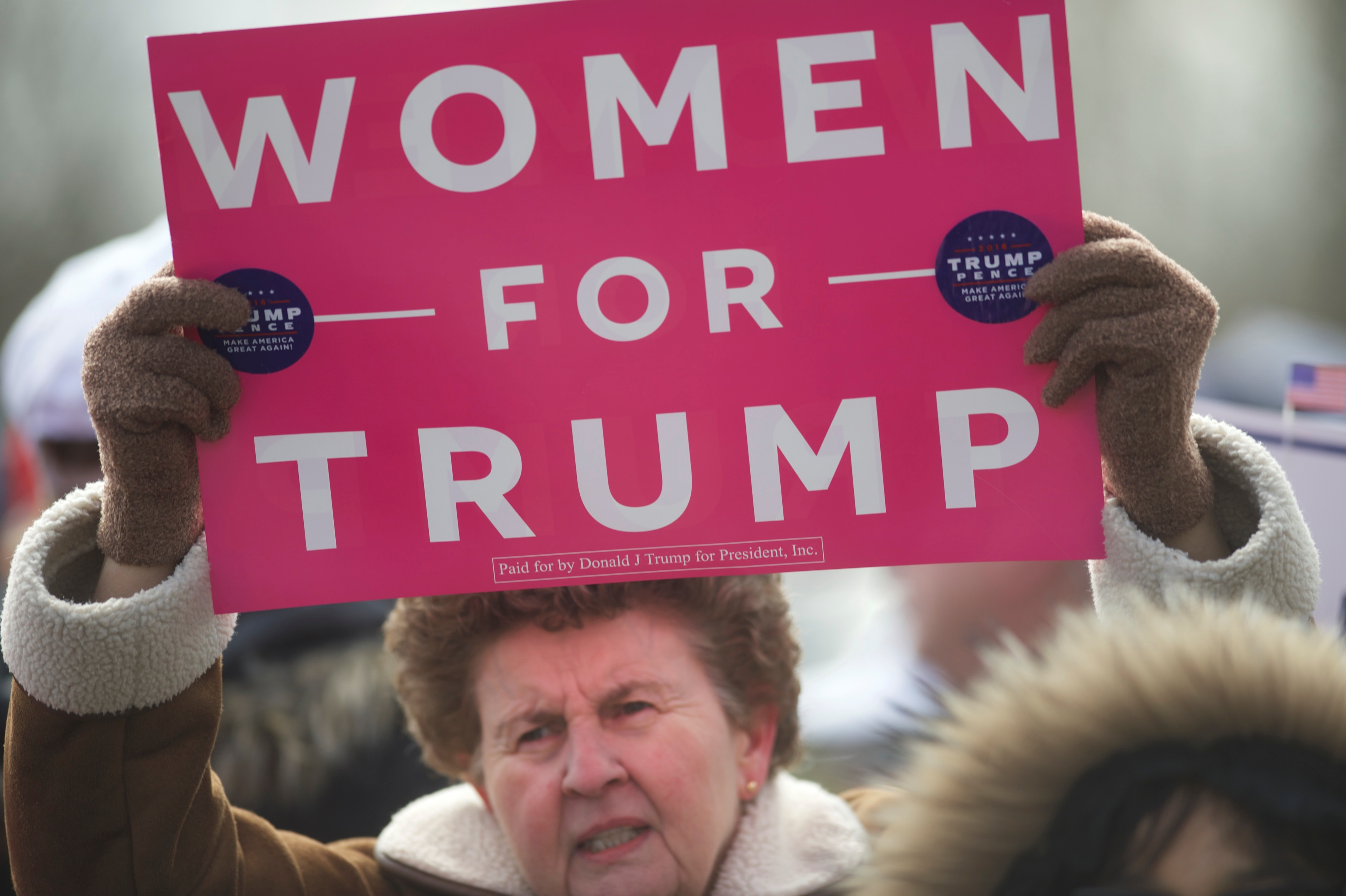 """Supporters of President Donald Trump gather for a """"People 4 Trump"""" rally at Neshaminy State Park in Bensalem"""